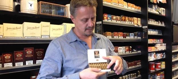 hoe steek je een sigaar aan. cigaronline.nl